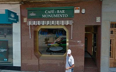 cafe bar el monumento